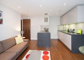 Thumbnail 1 bed flat to rent in Whitechapel High Street, London