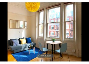 1 bed flat to rent in Holland Park Gardens, London W14