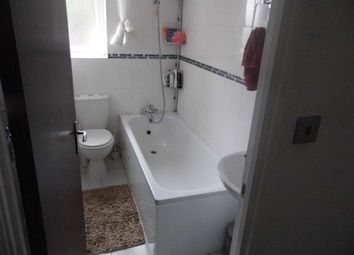 Thumbnail 4 bed flat to rent in Edwards Road, Norwich
