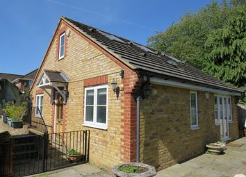 Thumbnail 2 bedroom bungalow for sale in Lyme Avenue, Northchurch, Berkhamsted