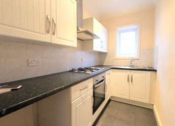 Thumbnail 2 bed triplex to rent in Chatham Place, Brighton