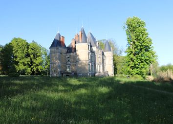 Thumbnail 10 bed property for sale in Limoges, Charente, France