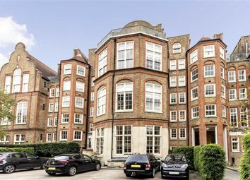 Thumbnail 2 bed flat to rent in Clark Street, London