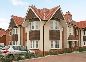 2 bed flat for sale in Poplar Road, Esher KT10