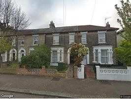 Wentworth Road, London E12. 4 bed shared accommodation
