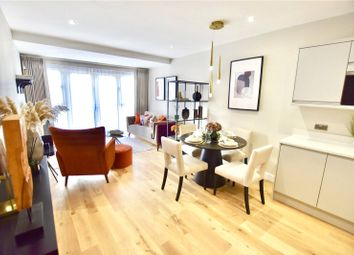 Thumbnail 2 bed flat for sale in Smitham Bottom Lane, Purley
