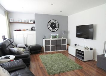 Thumbnail 3 bed maisonette to rent in Coulser Close, Hemel Hempstead