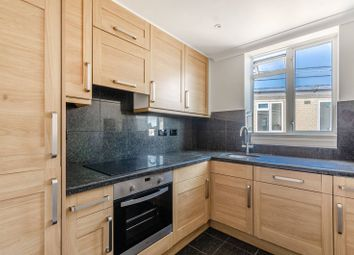 2 bed flat to rent in Gloucester Place, Marylebone, London NW1