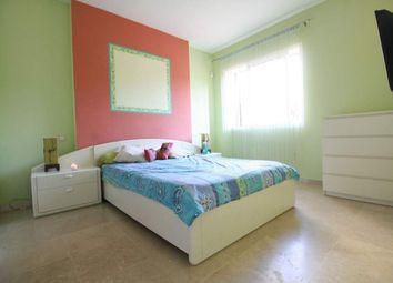 Thumbnail 2 bed apartment for sale in Sotogrande Playa, Cadiz, Spain