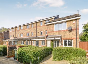 Ann Moss Way, London SE16. 3 bed semi-detached house