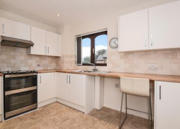 Thumbnail 2 bedroom flat for sale in Marshalls Court, Newbury