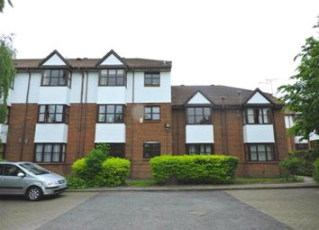 Thumbnail 2 bed flat to rent in Swallow Close, Greenhithe