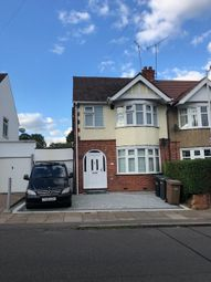 Thumbnail 3 bed flat to rent in Weatherby Road, Luton