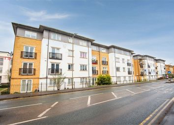 2 bed flat for sale in Ovaltine Drive, Kings Langley, Hertfordshire WD4