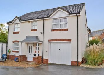 Thumbnail 5 bed detached house for sale in Pindar Place, Newbury