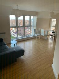 2 bed flat to rent in Golders Green, Edge Hill, Liverpool L7