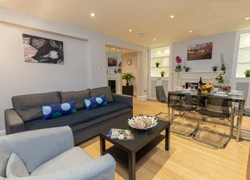 Thumbnail 3 bedroom flat to rent in Flood Street, Chelsea
