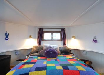 Thumbnail 1 bed mobile/park home for sale in Manor Lane, Rochester, Kent
