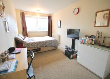 Thumbnail 2 bedroom flat to rent in Westminster Place, Portsmouth
