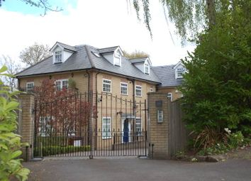 Thumbnail 3 bed flat to rent in Warwick Park, Tunbridge Wells
