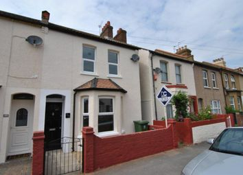 Thumbnail 3 bed property for sale in Kings Avenue, Watford