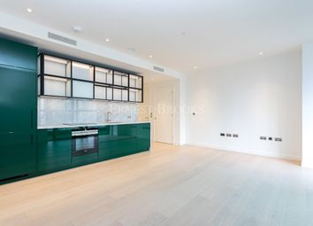 Thumbnail 1 bed flat to rent in The Wardian, Canary Wharf