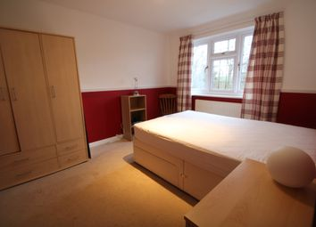 Thumbnail 1 bed detached house to rent in Woodbourne Close, Yateley