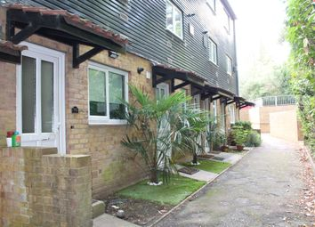 1 bed maisonette to rent in Murray Road, Northwood HA6