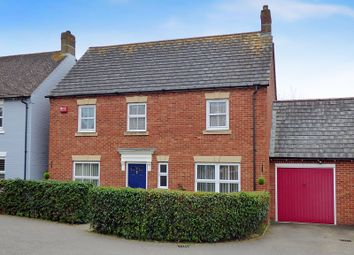 Thumbnail 4 bedroom detached house for sale in Sunnyside Close, Angmering, Littlehampton