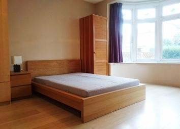 Thumbnail Property to rent in Lynwood Road, London
