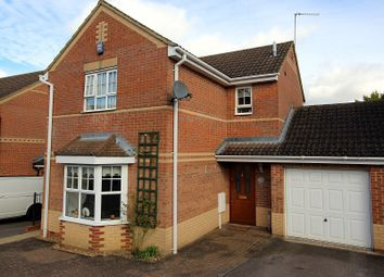 3 bed link-detached house for sale in Stourton Close, Wellingborough, Northamptonshire. NN8