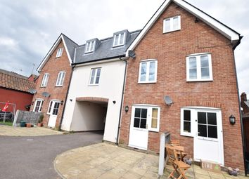 2 bed maisonette to rent in Bergholt Road, Colchester CO4