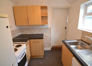Thumbnail 1 bed flat to rent in Hatherley Road, Reading