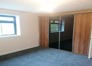 2 bed flat to rent in Colinton Place, Dundee DD2