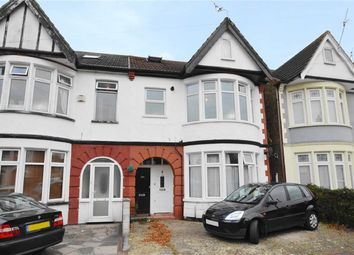 Thumbnail 2 bed flat for sale in Claremont Road, Westcliff-On-Sea, Essex