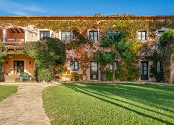 Thumbnail 5 bed villa for sale in Manacor, South East, Mallorca
