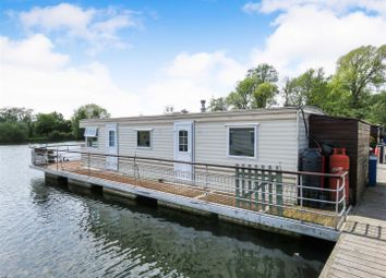 Thumbnail 1 bed houseboat for sale in Hartford Marina, Banks End, Wyton