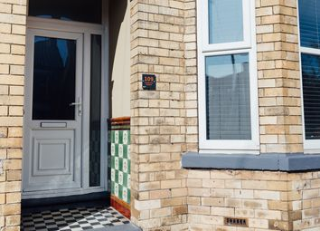 Thumbnail 6 bedroom town house for sale in Cranbrook Avenue, Hull
