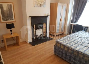 Thumbnail 3 bed shared accommodation to rent in Castle Avenue, Rochester, Kent