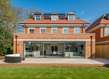 Thumbnail 5 bed detached house for sale in Kingwood, Fairgreen East, Hadley Wood