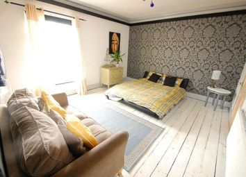 Thumbnail Room to rent in Moor St (Room One), Burton On Trent, Staffordshire