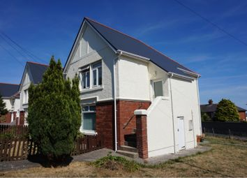 Thumbnail 3 bed maisonette to rent in Jenner Road, Barry
