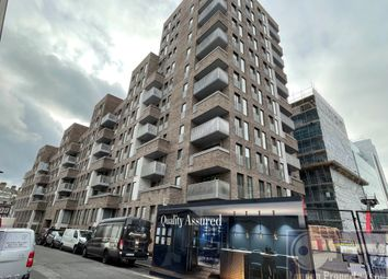 Thumbnail 1 bed flat to rent in Phoenix Place, Farringdon