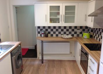 Thumbnail 6 bed terraced house to rent in Brocco Bank, Sheffield