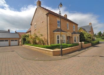 Thumbnail 4 bed property for sale in Stephenson Walk, Stotfold, Hitchin