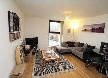 Thumbnail 2 bed flat to rent in Chapel Street, Salford