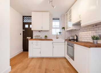 Thumbnail 2 bedroom flat for sale in Becklow Gardens, London