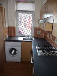 Thumbnail 2 bed property to rent in Harold Avenue, Hyde Park, Leeds