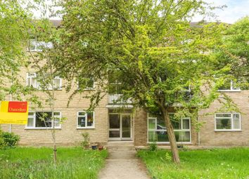 Thumbnail Flat to rent in Glyme Close, Woodstock