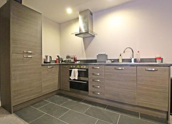 Thumbnail 2 bedroom flat to rent in 6 High Street